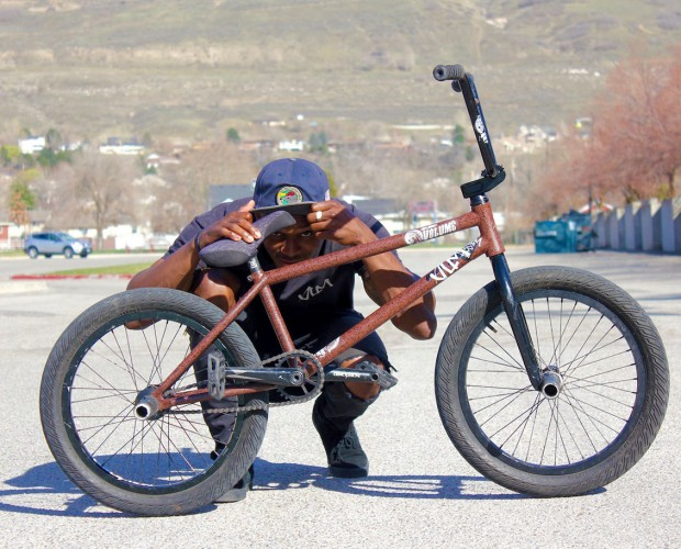 ut-demarcus-bike