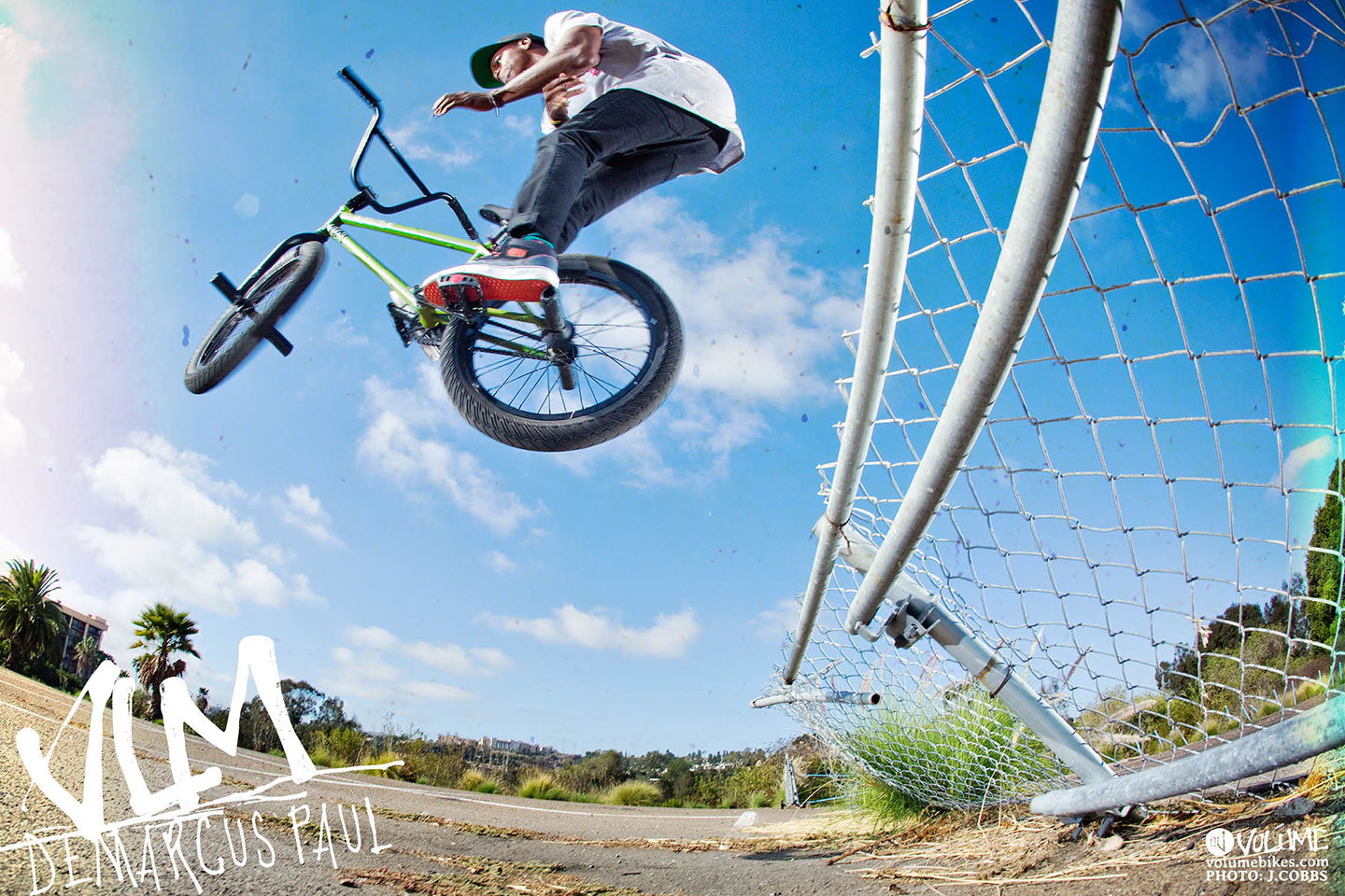 DeMarcus Fence Jam To Barspin